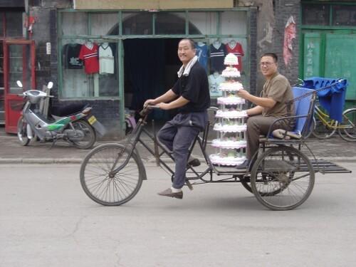 transport wedding cake à vélo