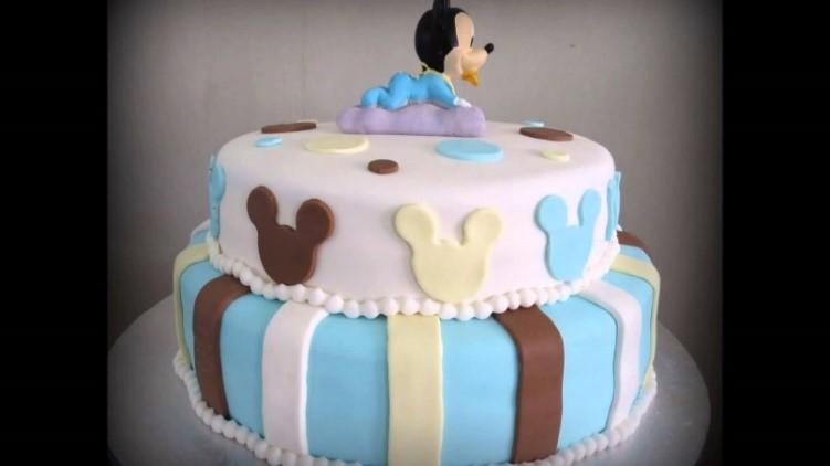 Gâteau d'anniversaire bébé Mickey