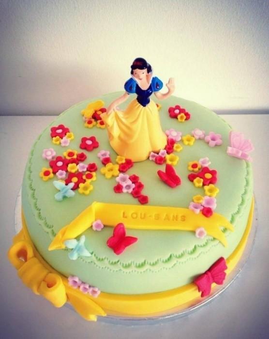 Gâteau d'anniversaire Blanche Neige