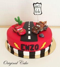 gâteau d'anniversaire FLash McQueen
