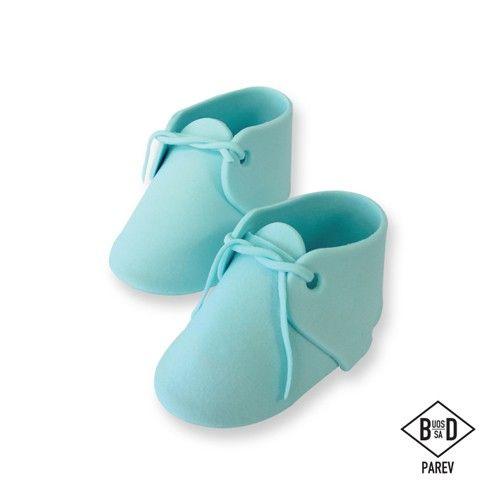 64c30b717c4e3 PME CAKE TOPPER chaussons bébés bleu en sucre PK 2 PME PM160B ...